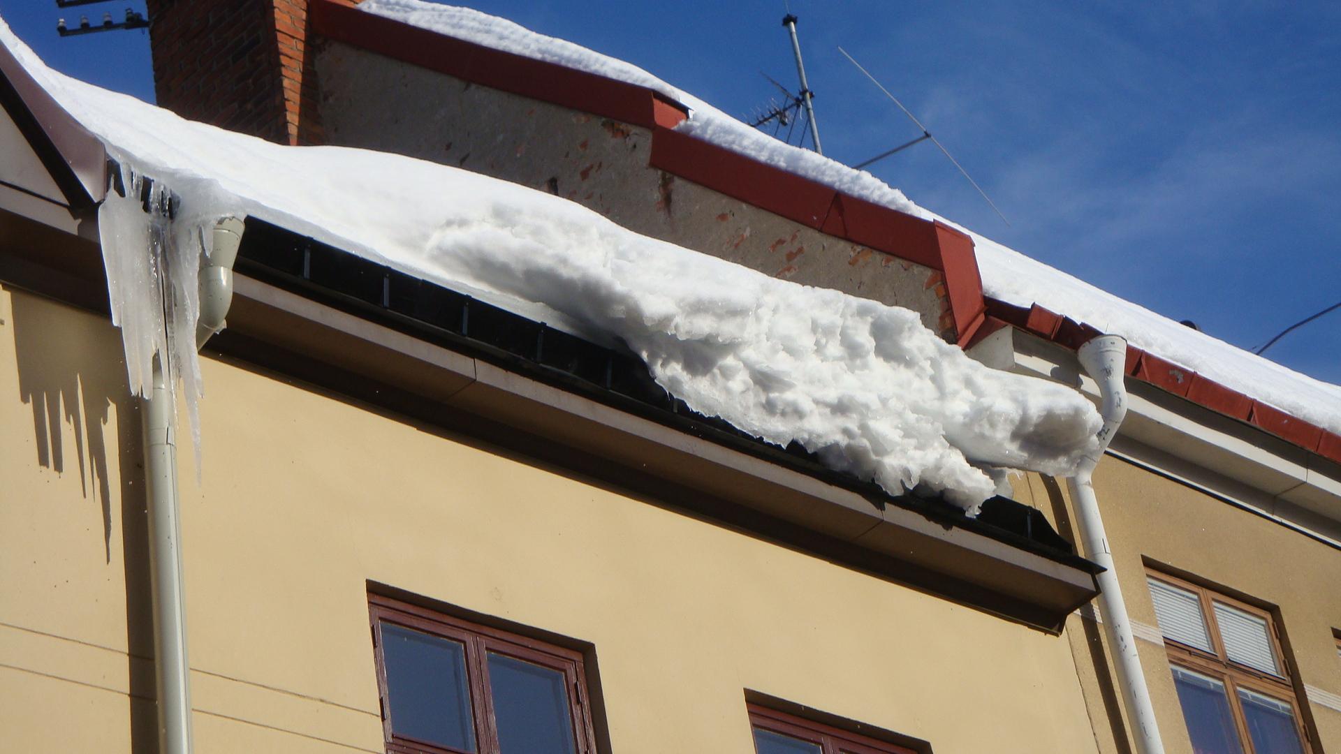snöras från tak försäkring